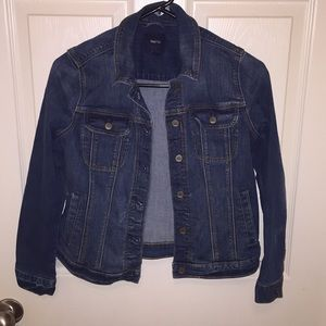 GAPKIDS DENIM JACKET.